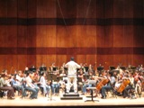 Stefan Sanderling conducting the Texas Music Festival Orchestra