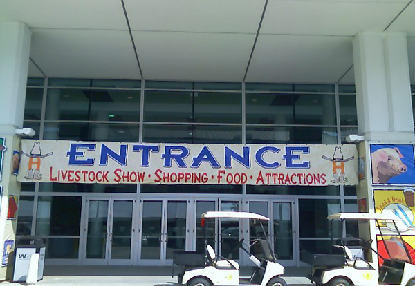 image of rodeo entrance