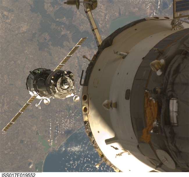 image of the Soyuz TMA-13 spacecraft approaches the International Space Station
