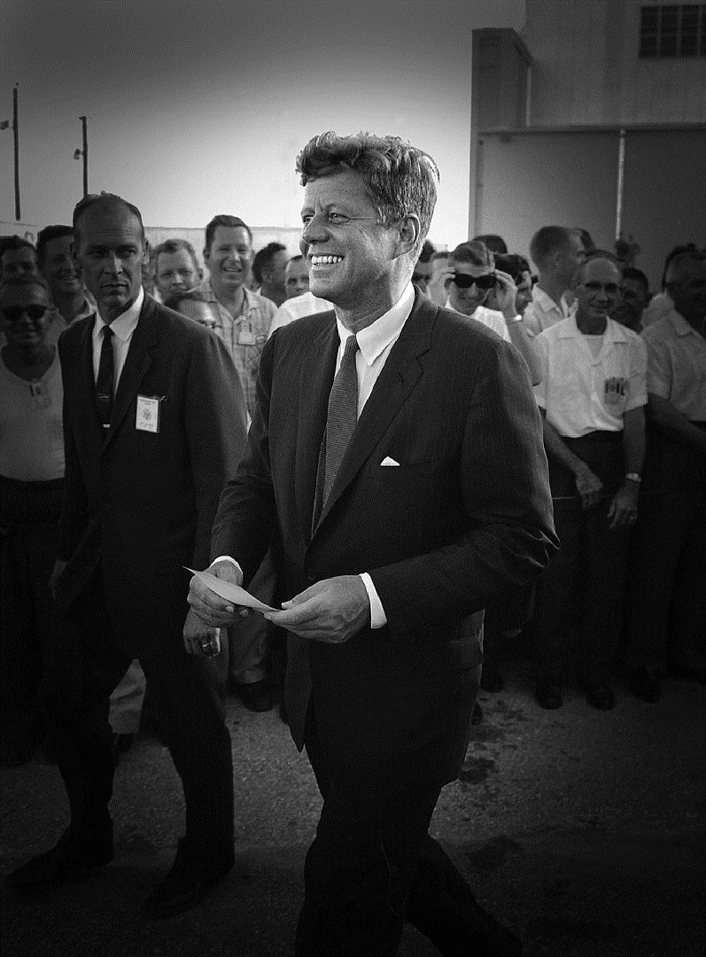 john f kennedy's rice stadium moon John f kennedy space speech rhetorical analysis united states' ability to put a man on the moon and return him safely to earth, jfk strongly appeals to the.