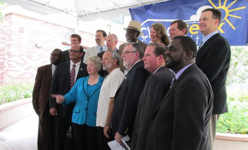 Mayor Parker with Tim Cantwell (in white), Tom Mitchell (to right of Cantwell) and others