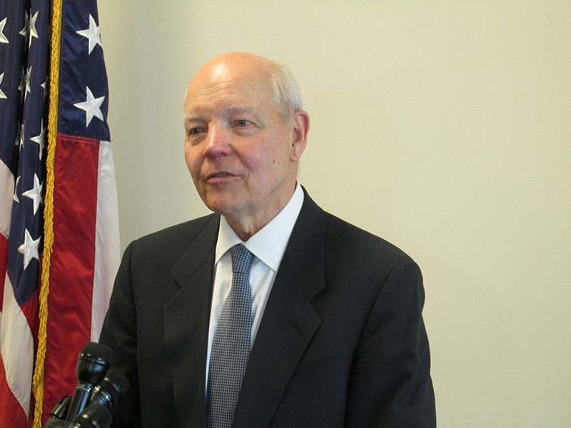commissioner-of-the-IRS-John-Koskinen-800px.png