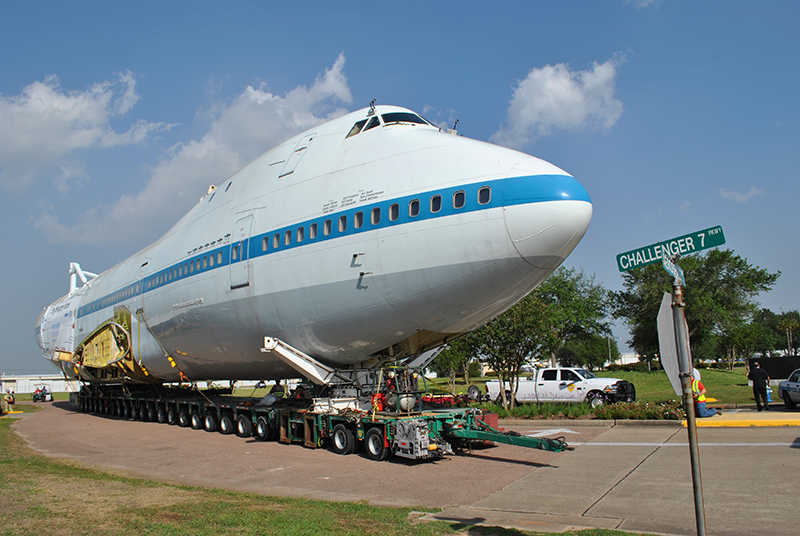 Boeing 747 was disassembled into seven major loads