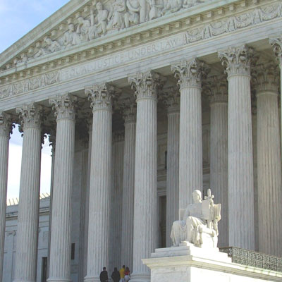 US-Supreme-Court-400px-tn.jpg