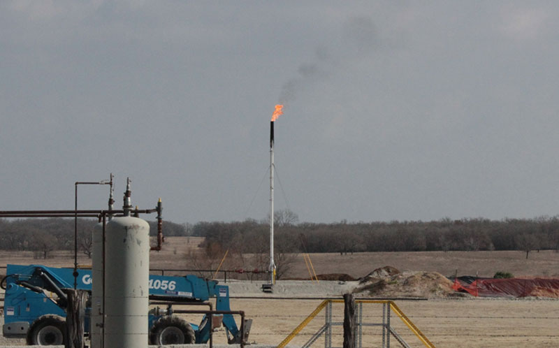 Brazos-Co-a-flare-that-burns-off-methane-gas.jpg
