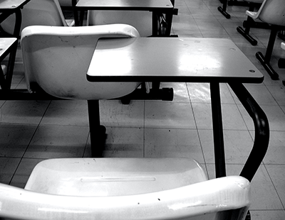 desks-band-white-free-images400px-310px-tn.png
