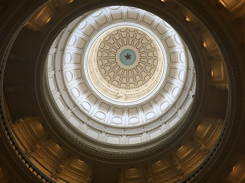 texas-capitol-dome-laura-isensee-800px.jpg