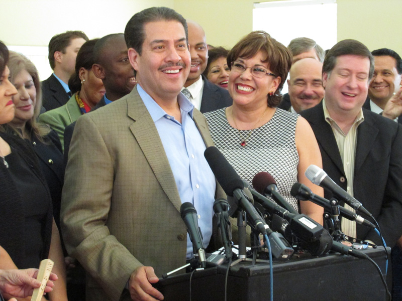 Adrian Garcia: From Harris County Sheriff To Houston Mayor ...