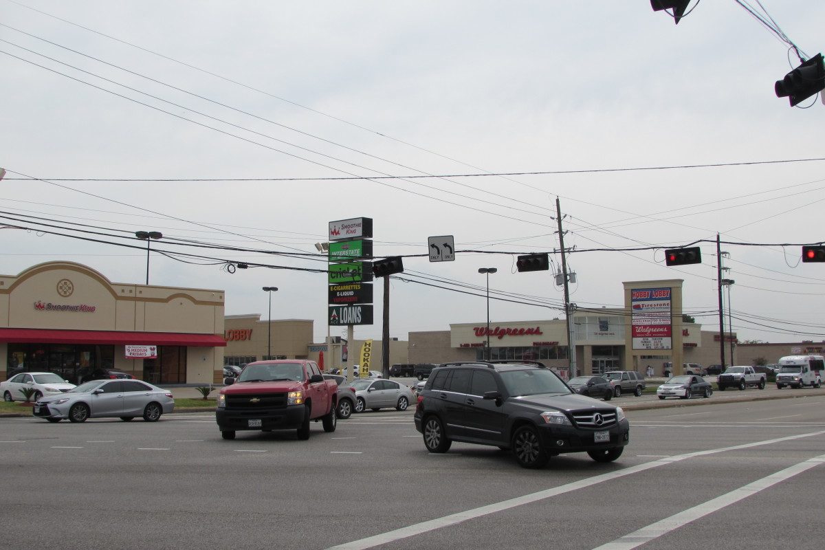 Cars at the intersection of FM 1960 and Jones Road in northwest Harris County