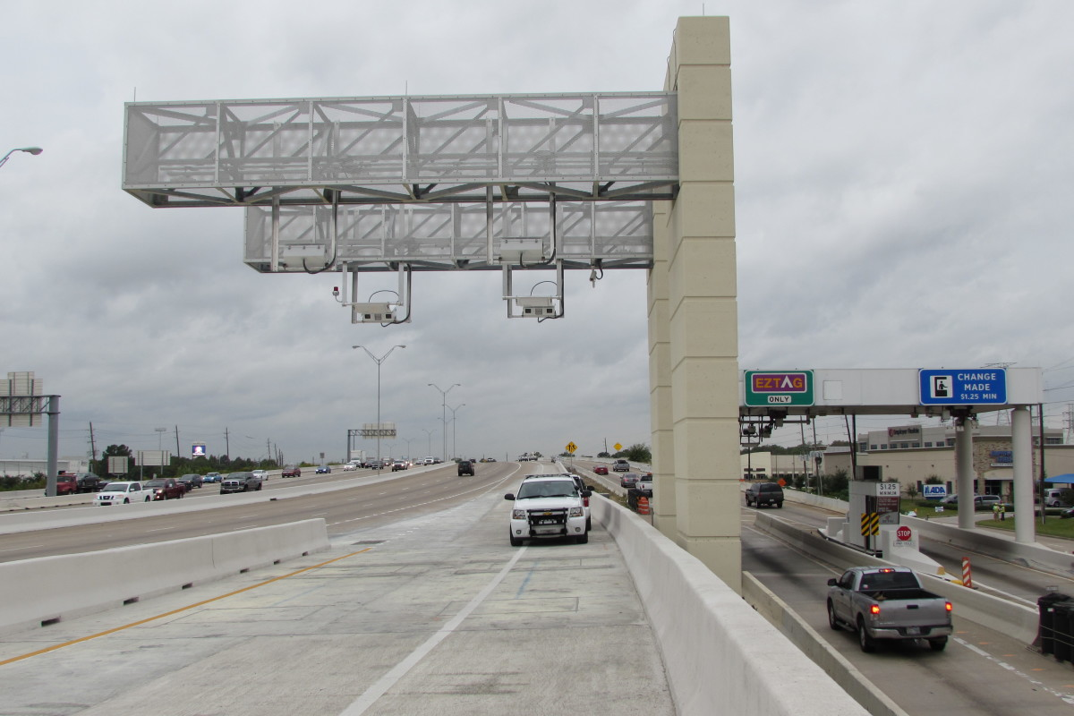 new connector ramp on state highway 249 southbound and sam houston tollway westbound