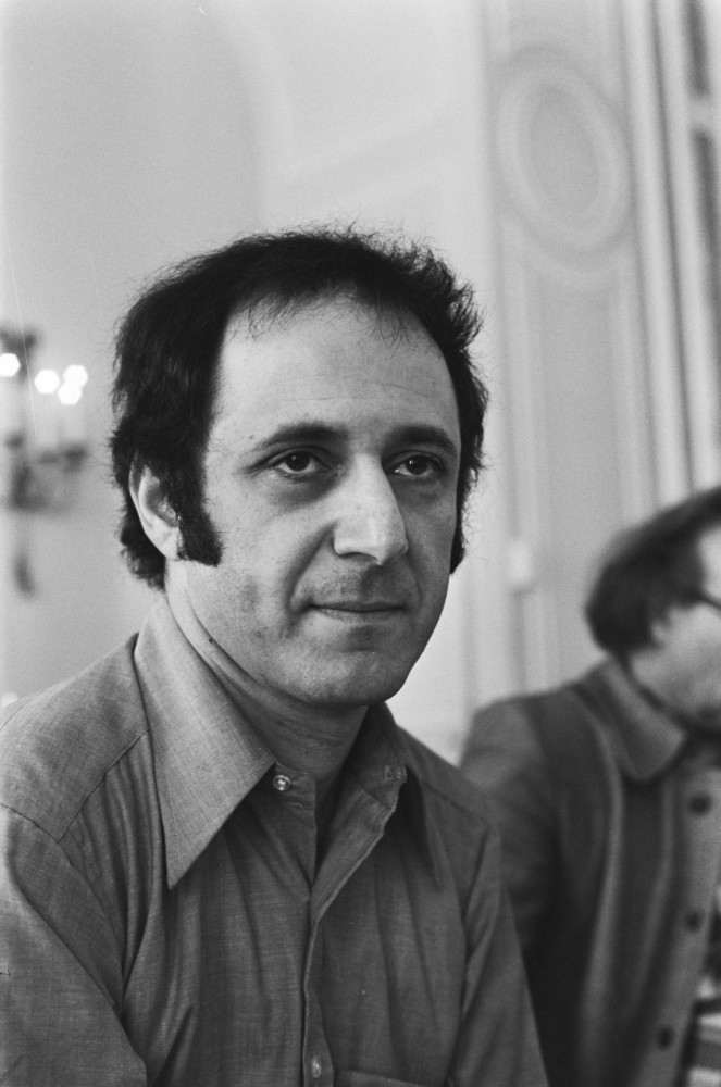 A photograph of composer Steve Reich in 1976