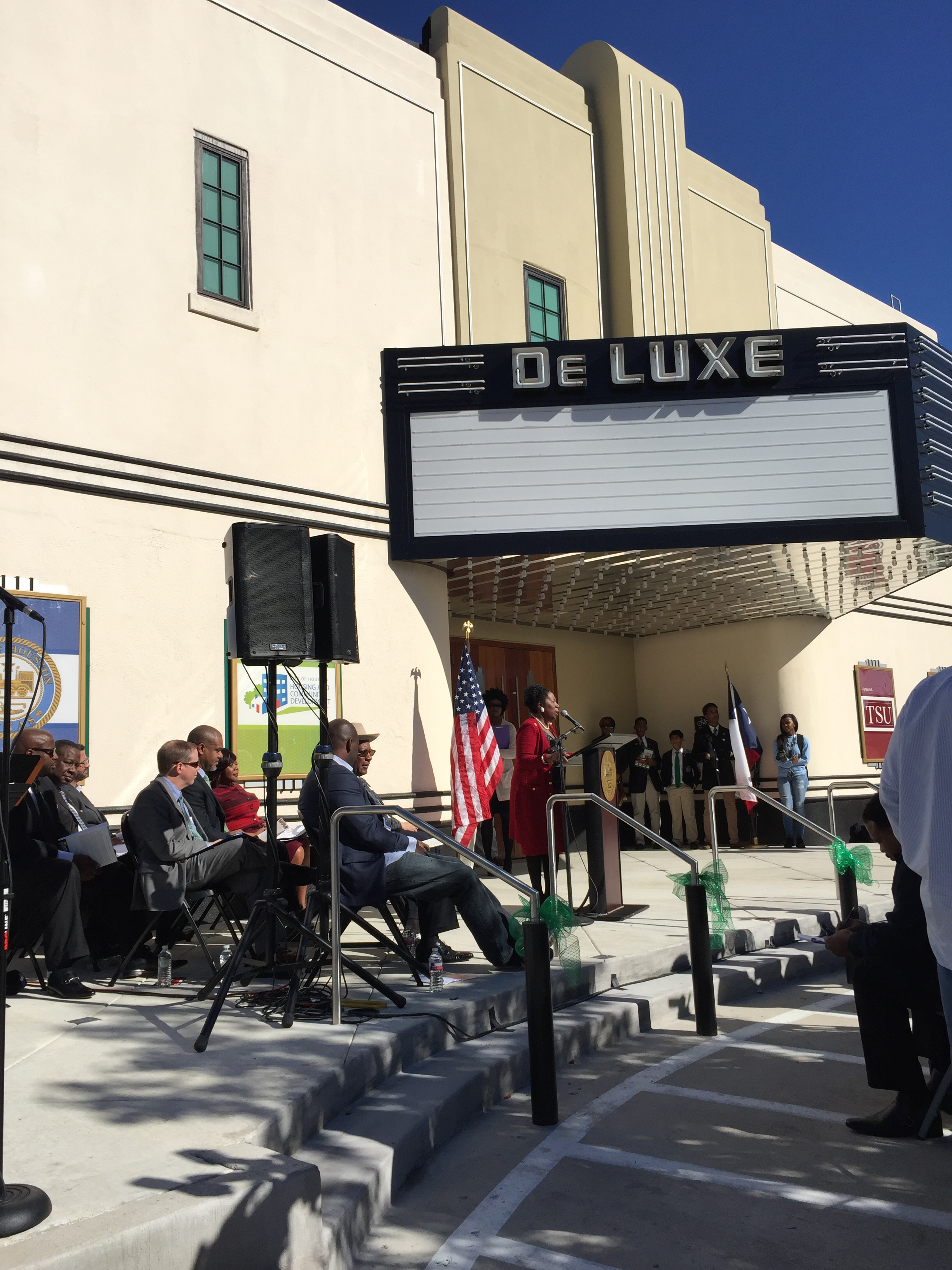 Congresswoman Sheila Jackson Lee joined other public officials to celebrate the grand opening.