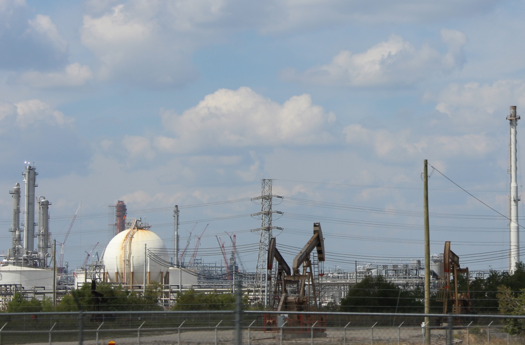 photo of refineries