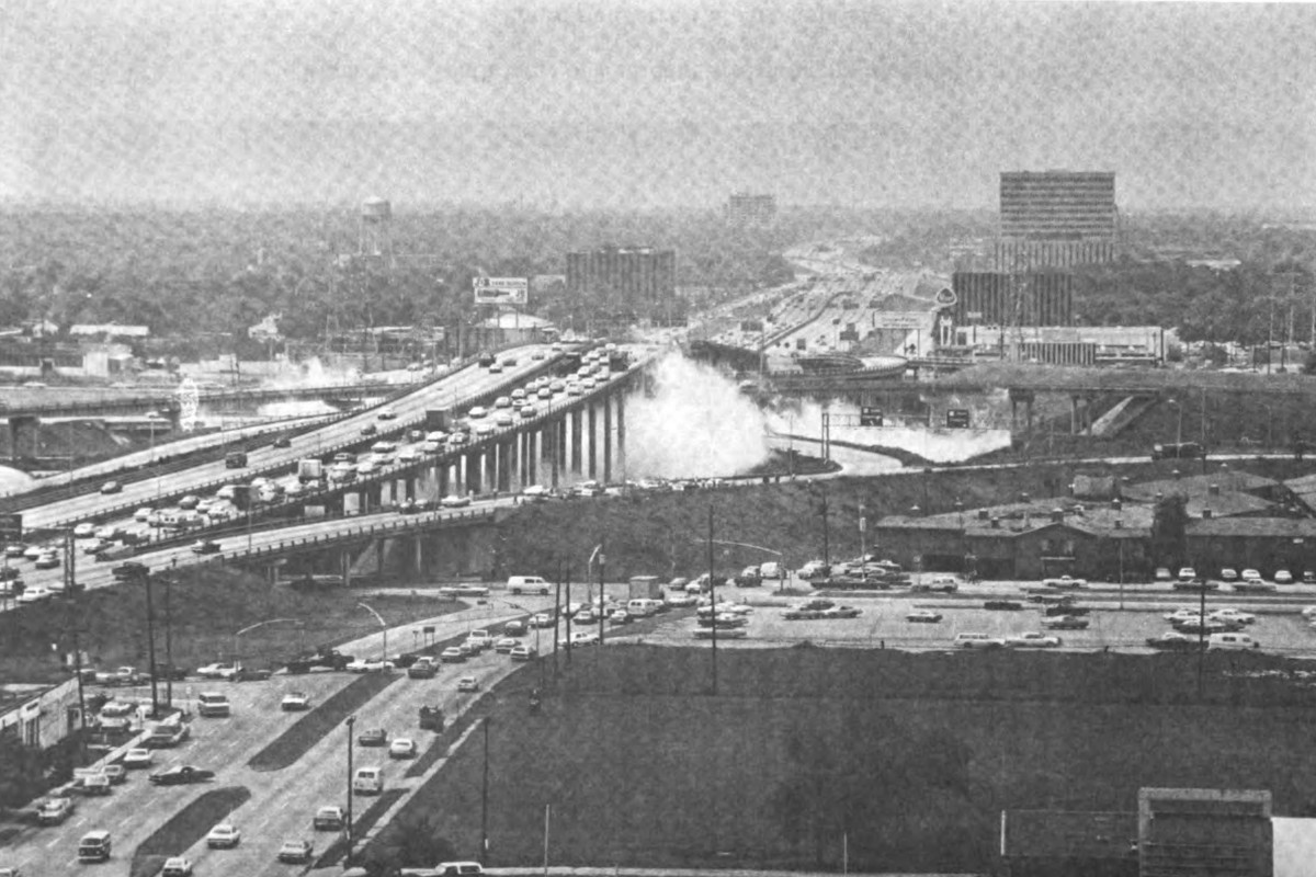 Photo shows the cloud of ammonia gas under a Houston freeway interchange on May 11 1976