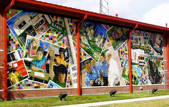 Mural Houston Firestation No 27 - Artist Suzanne Sellers - Courtesy the Artist