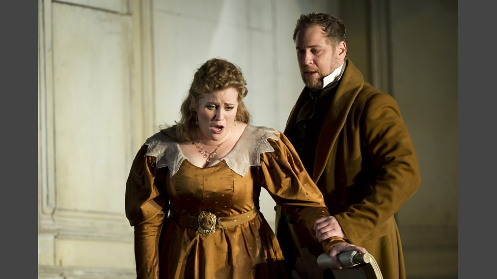 Lucas Meachem as the Count and Rachel Willis-Sørensen as the Countess in the Royal Opera House's 2012 production of The Marriage of Figaro