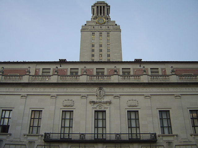 640px-Main_Building_at_The_University_of_Texas_at_Austin