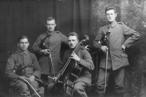 Hindemith's quartet of fellow soldiers