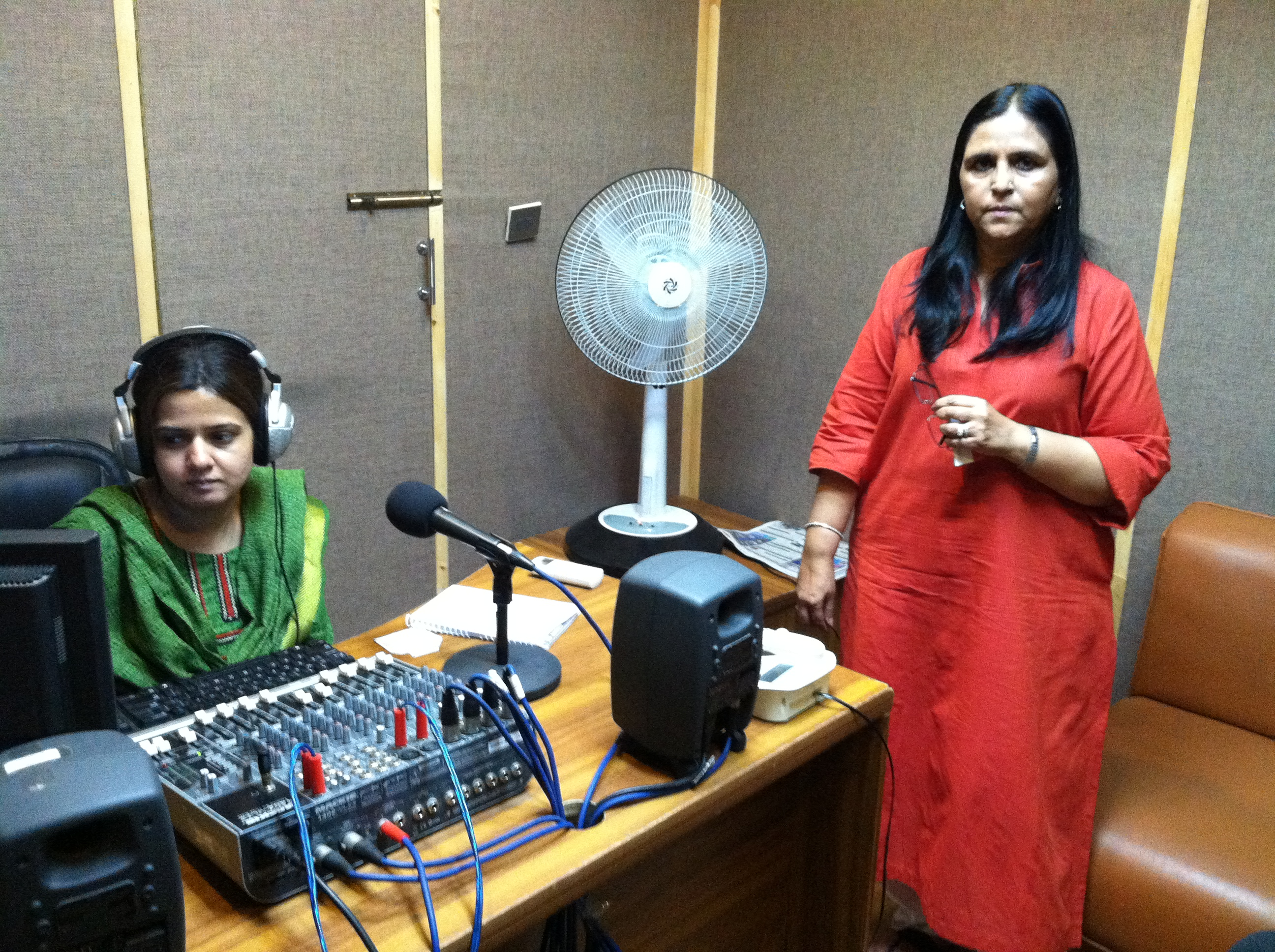 Uks radio producer Nida Naeem and director Tasneem Ahmar.