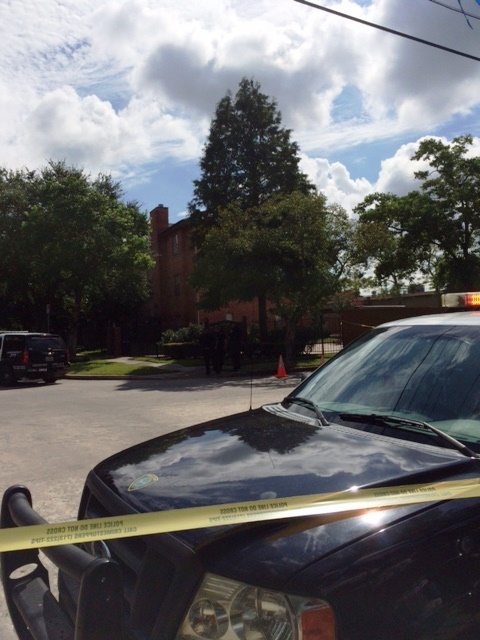 Shooter was killed outside condos in 4000 blk. of Law St. in Southwest Houston