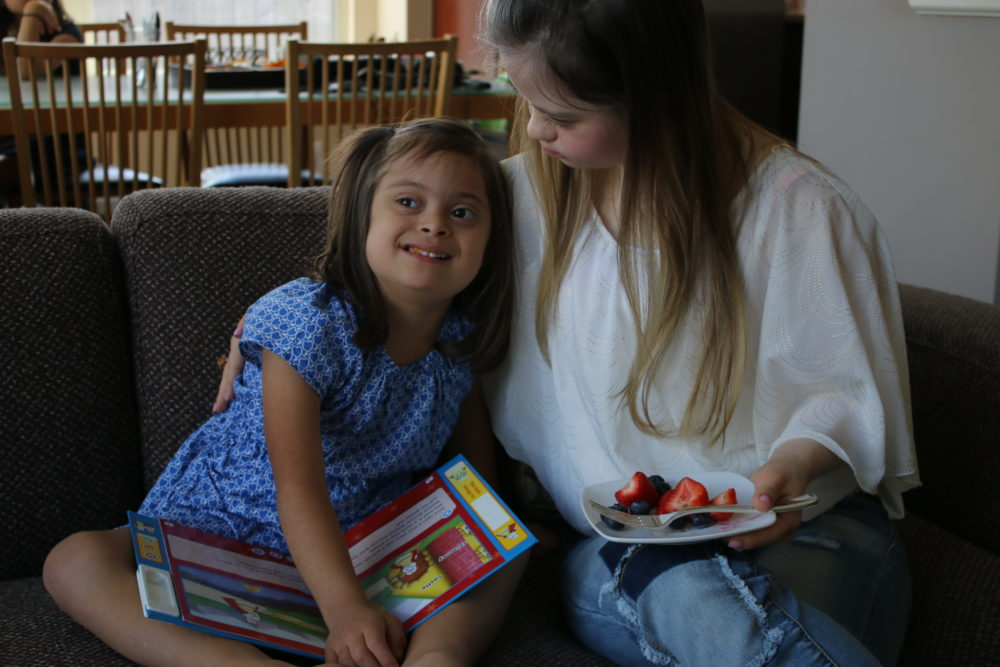 Cable TV star Megan Bomgaars will testify on behalf of Miranda Pichardo, 6, so that she can attend more general education classes in Tomball ISD.