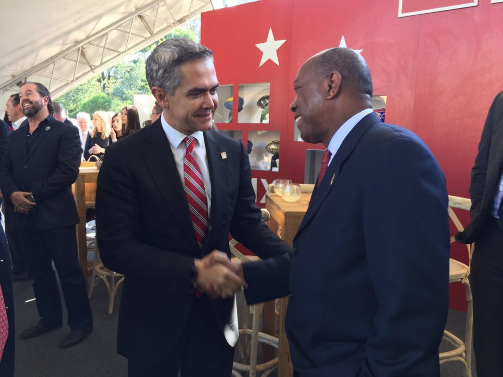 Houston Mayor Sylvester Turner and Mexico City's Mayor Miguel Ángel Mancera met during the delegation's trip to the neighboring country.
