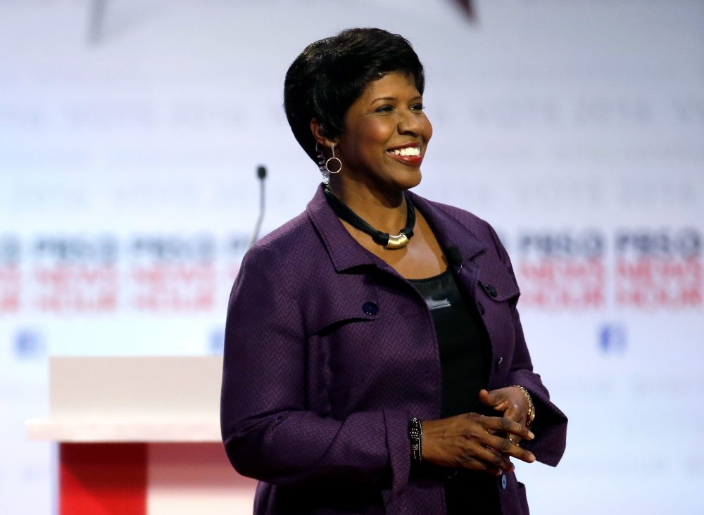 Gwen Ifill takes the stage before moderating a Democratic presidential primary debate at the University of Wisconsin-Milwaukee, in February.