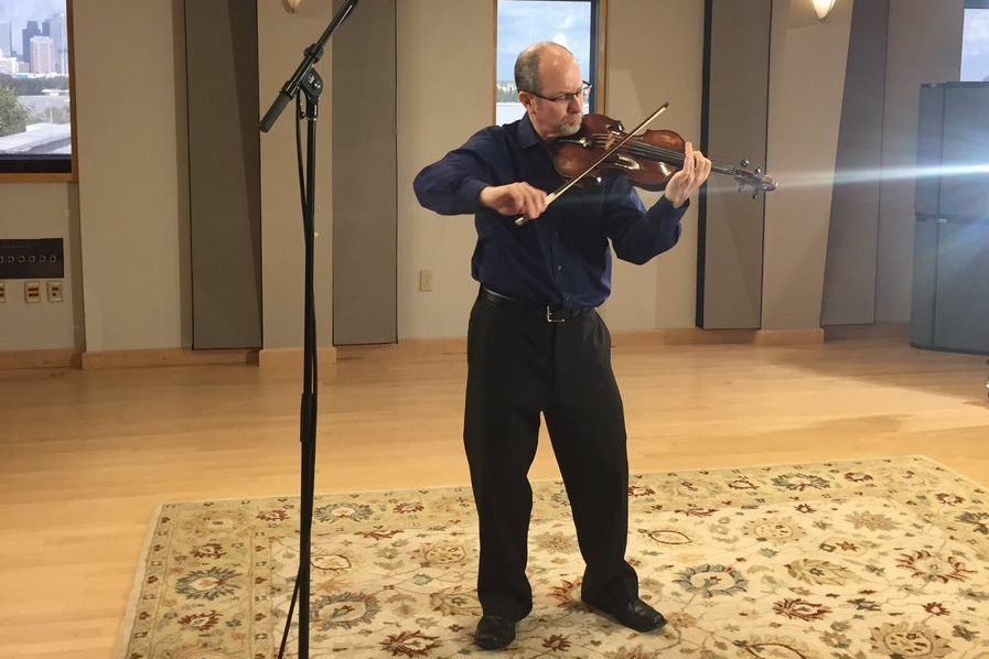 Violinist Steven Greenman in the Geary Performance Studio