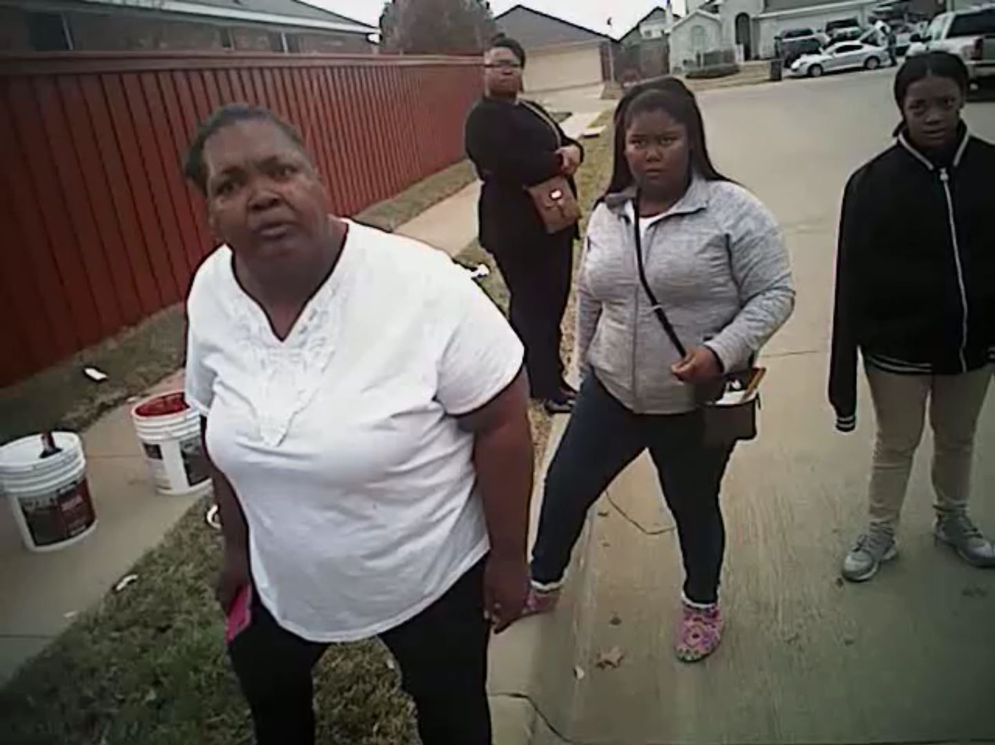 charges dropped against fort worth mother after police bodycam video surfaces houston public media. Black Bedroom Furniture Sets. Home Design Ideas