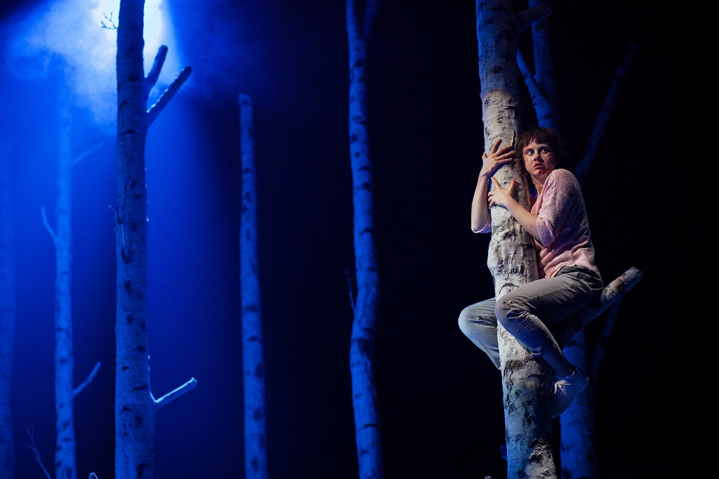 """Actor Lucy Mangan as """"Eli"""" in The Alley Theatre's production of """"Let the Right One In."""" (Photo: Lawrence Peart)"""