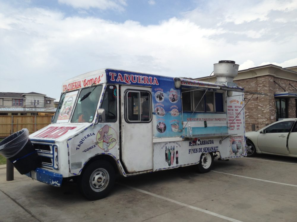 Armando 'Piro' García used to operate the Taquería Gómez food truck, but ICE agents detained him on February 8th and he is now waiting for his removal from the United States.