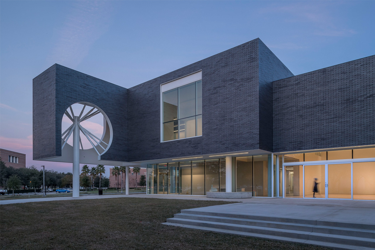 Moody Center for the Arts - Photo Nash Baker via Michael Maltzan Architecture