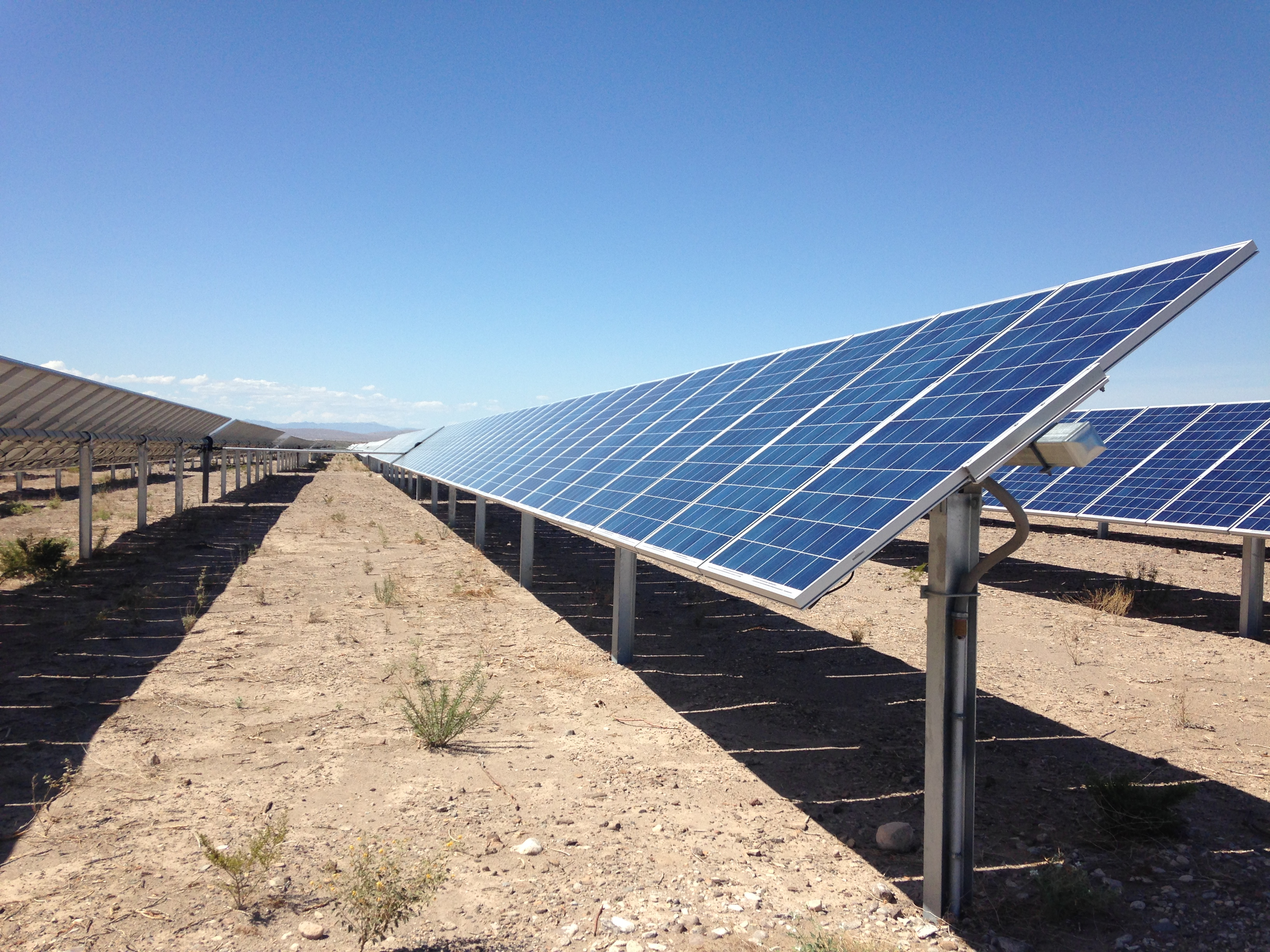 Report explores radical low carbon energy scenario for Solar ranch