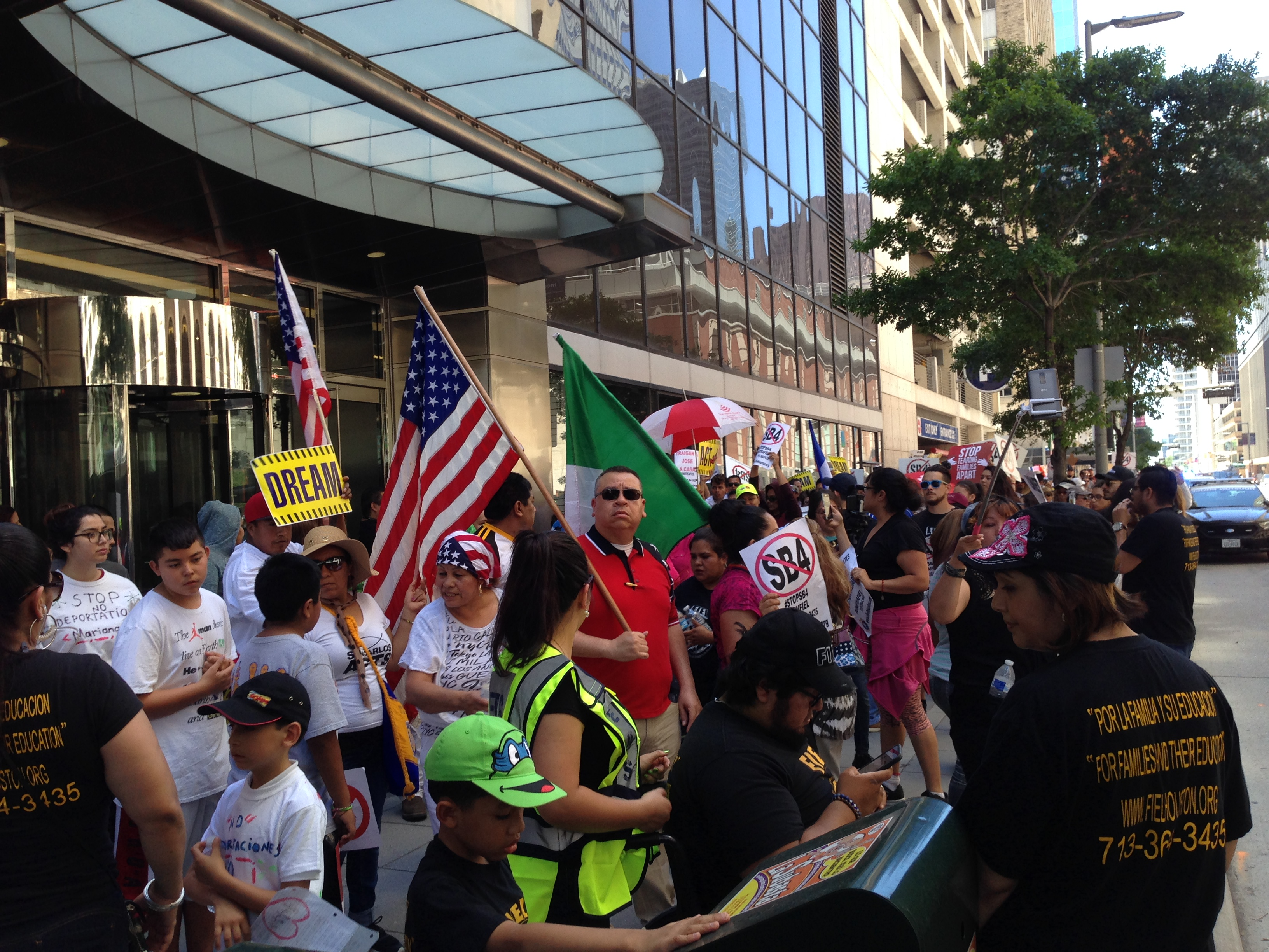 About 150 marchers asked for the end of deportations and for Texas lawmakers not to give the final approval to SB 4, a bill advancing in the Legislature that aims to entitle police officers to ask about immigration documents.