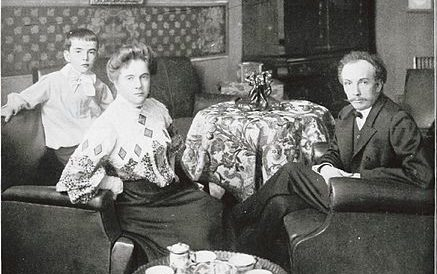 Richard Strauss, Pauline de Ahna, and their son, Franz
