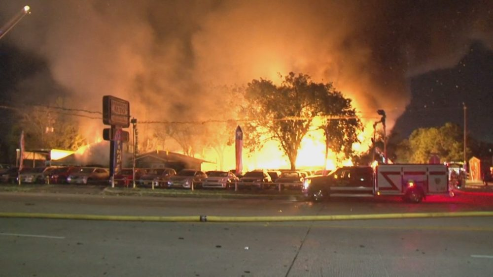 Used Car Lot Near Me >> Fire At Old Warehouse In South Houston Spreads To Car Dealer – Houston Public Media