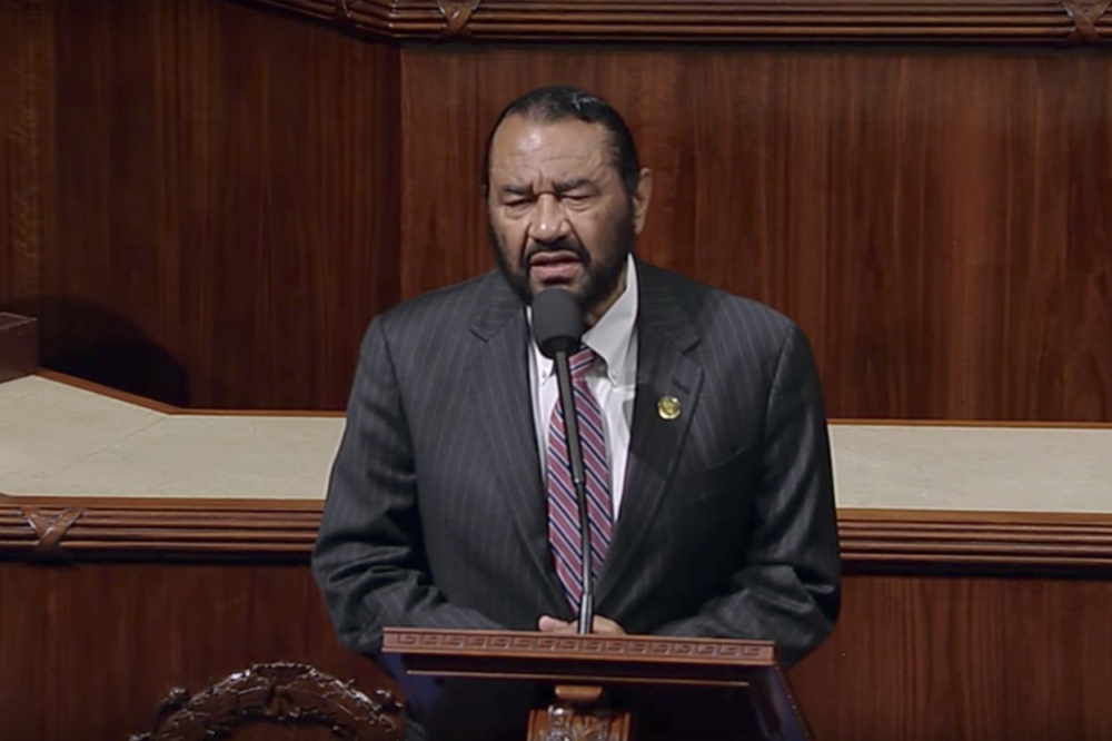 Rep. Al Green reads articles of impeachment against Trump on House floor