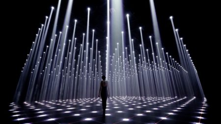 An immersive light installation by Cocolab