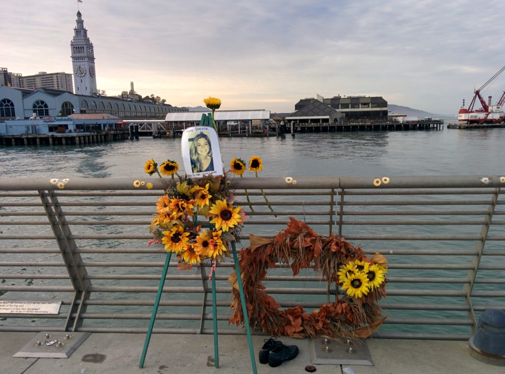 An arrest warrant has been issued Friday for undocumented immigrant José Inés García-Zarate, who was acquitted of the 2015 killing of Kate Steinle.