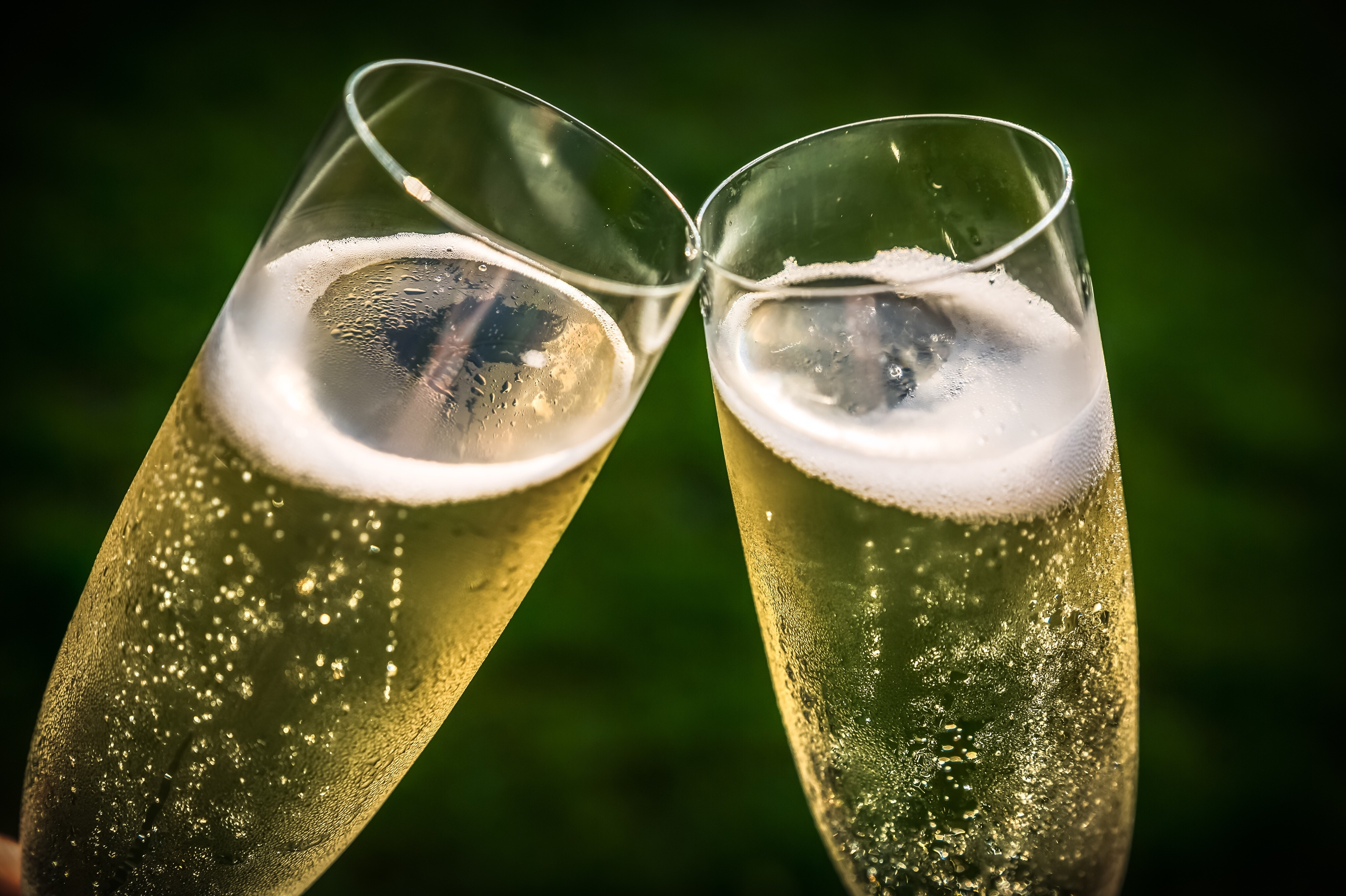 The smaller the bubble in that glass of champagne, the higher the pitch — and the price.