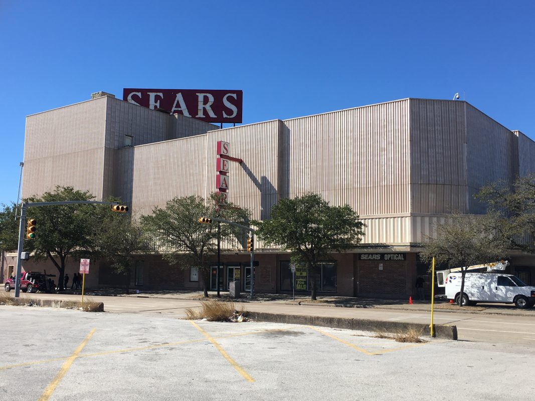 Iconic Midtown Store Not The Only Sears To Close Doors For Good ...