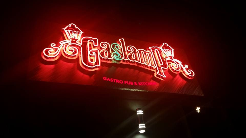 The Justice Department has reached a settlement in a discrimination lawsuit against the Gaslamp bar in Midtown.