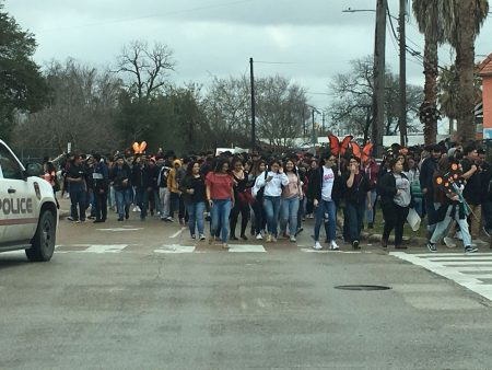 A large group of people, many of them students from Austin High School, rallied on February 14, 2018 in Houston demanding the release by immigration authorities of Dennis Rivera-Sarmiento, a peer who was recently arrested and is at risk of deportation.