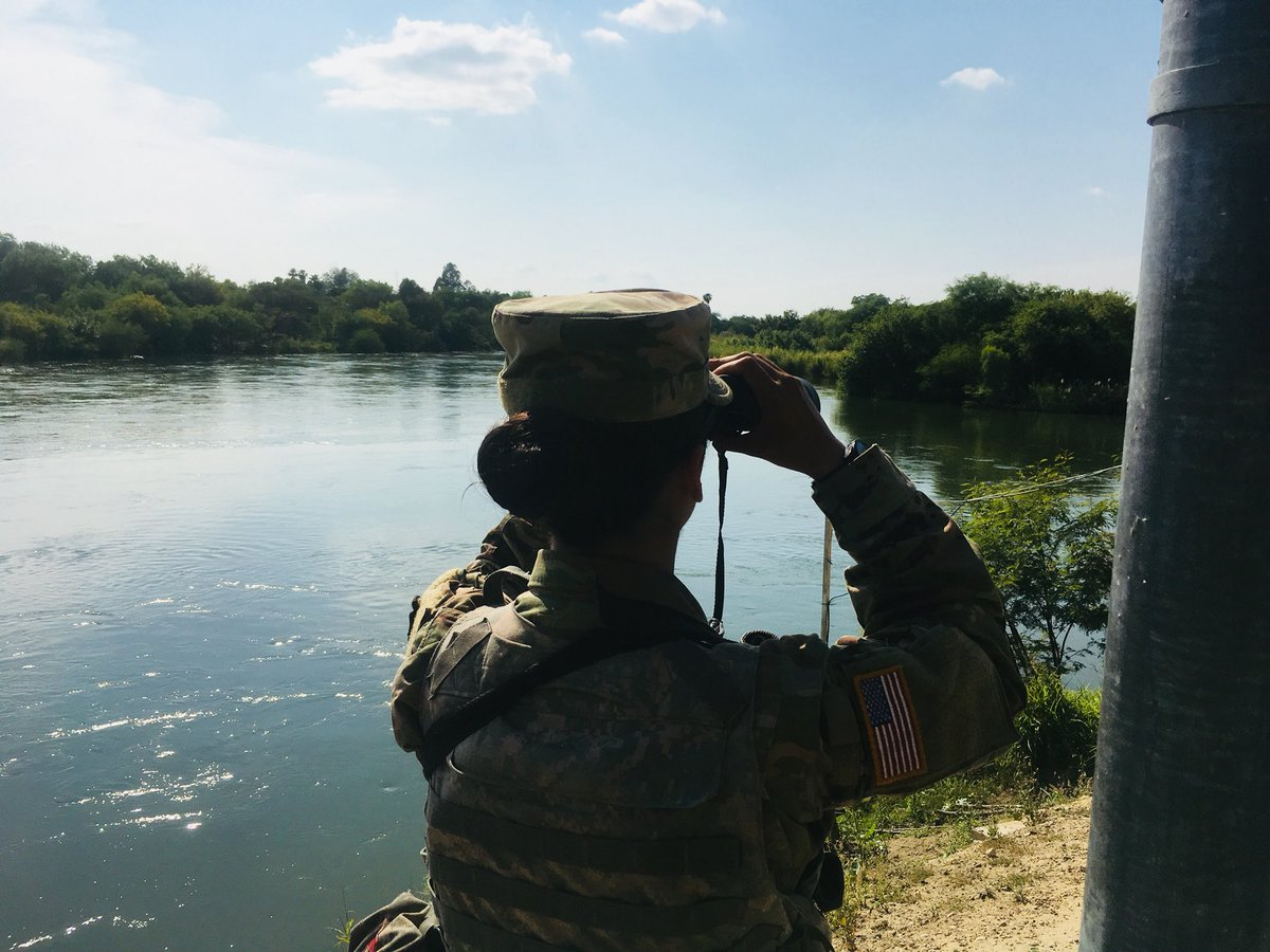 Texas National Guard soldiers on the Texas -Mexico border.