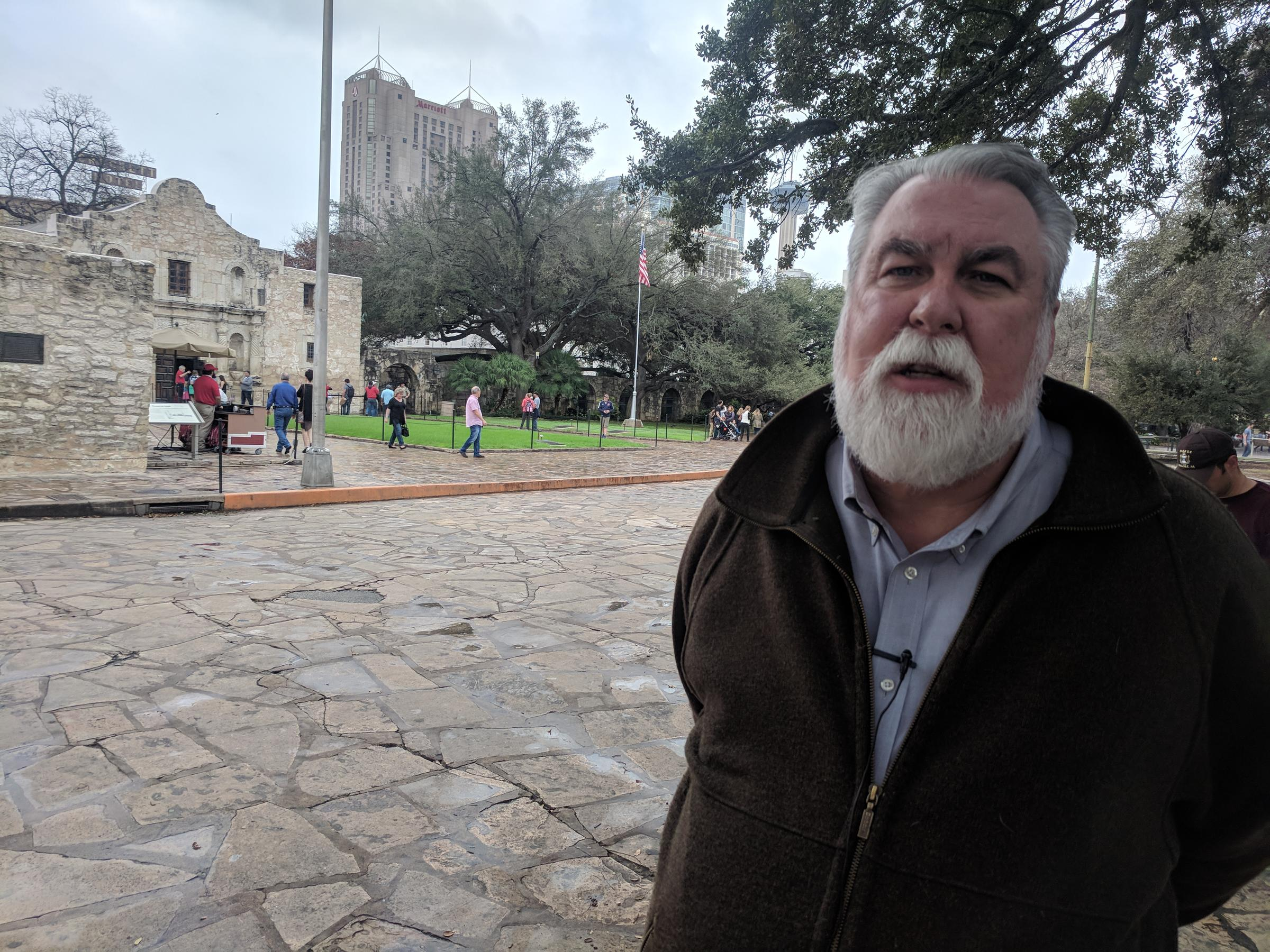 Stephen L. Hardin consulted on the creation of the Alamo Reality App. He also protested against removing the Cenotaph.