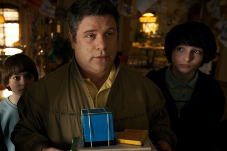Sean Astin - Stranger Things