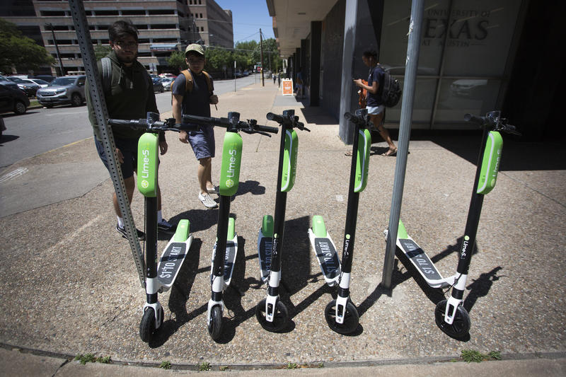 LimeBike estimates its scooters reduced 8,500 pounds of CO2 in just two weeks in Austin.