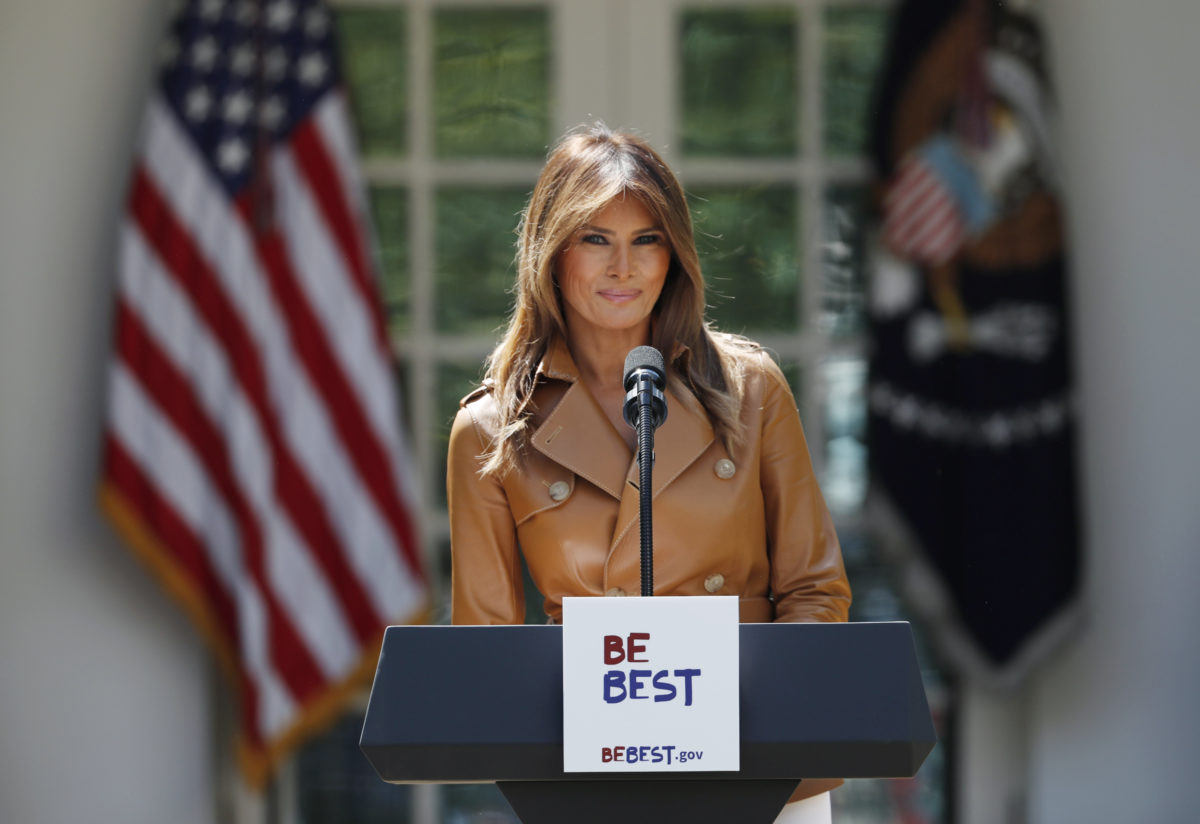 U.S. first lady Melania Trump delivers remarks at the launch of her Be Best initiatives in the Rose Garden of the White House in Washington, U.S., May 7, 2018. REUTERS/Kevin Lamarque - HP1EE571KALQJ