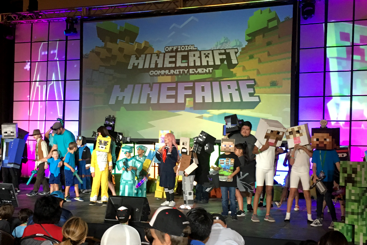 Minefaire Costume Contest