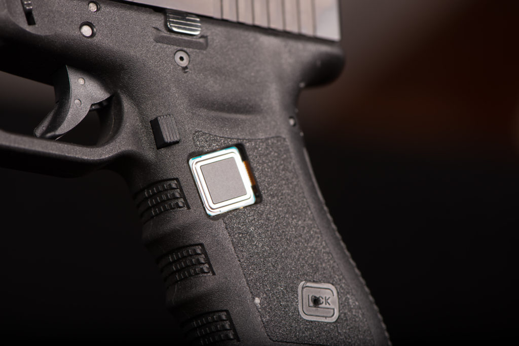 The smart gun can only be activated by the owner's fingerprint.